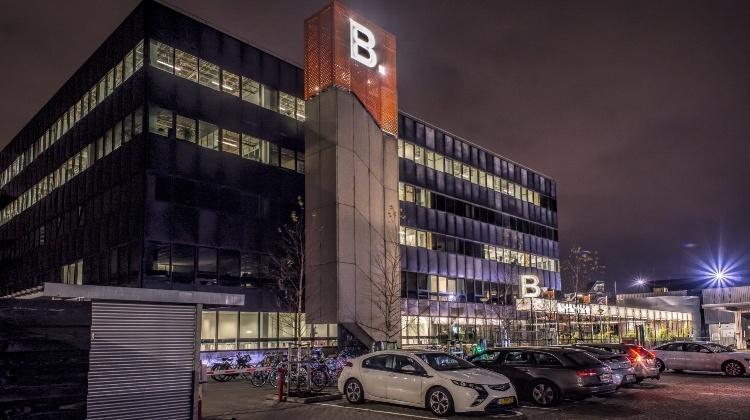 B Building Amsterdam-525579-750_420.jpg